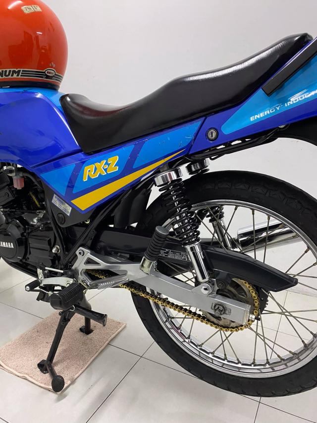 Xe tho Yamaha RXZ 135 duoc thu mua voi gia len toi 325 trieu dong - 6