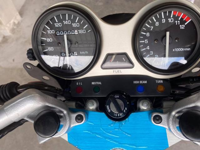 Xe tho Yamaha RXZ 135 duoc thu mua voi gia len toi 325 trieu dong - 14