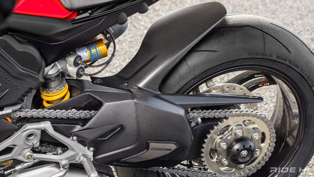 Ducati StreetFighter V4SC do full carbon cuc an tuong - 13