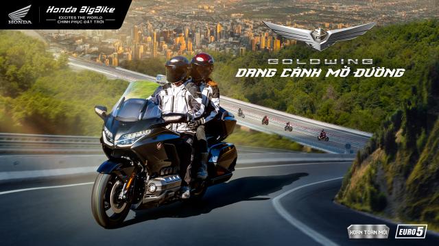 Honda ra mat Gold Wing 2021 Dang canh mo duong tren khap cung duong Viet - 3