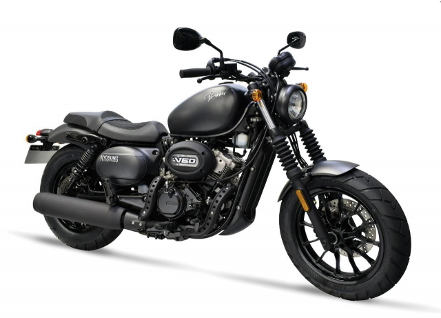 Hyosung GV125S Mau Bobber 125cc may VTwin khien ai cung phat cuong - 17
