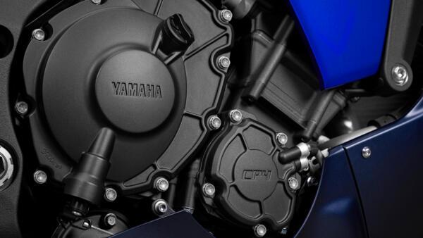 Lo dien Yamaha R1 2022 an theo phong cach cua dan em R7 - 5